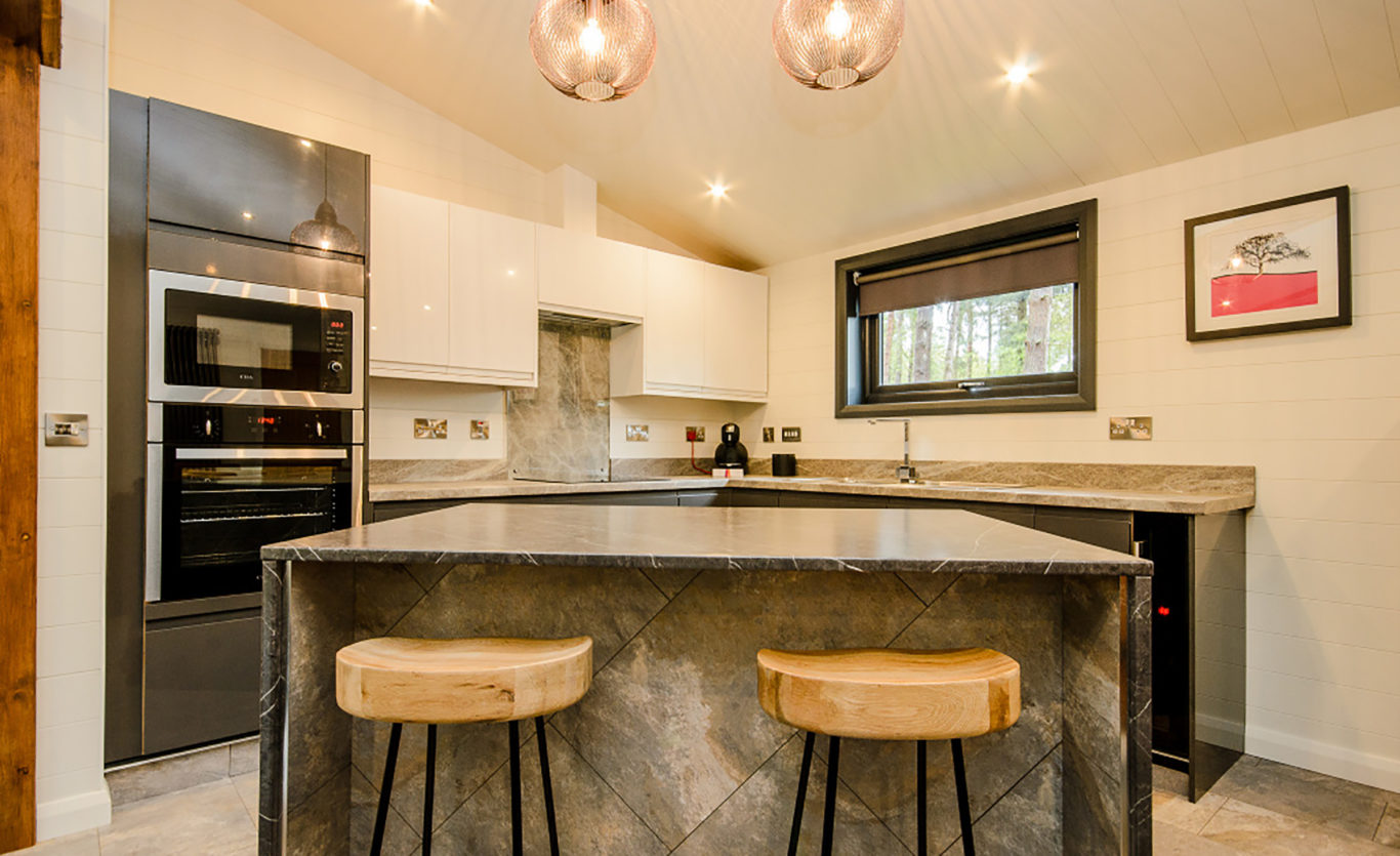 The Glade Timber Lodge — Kitchen