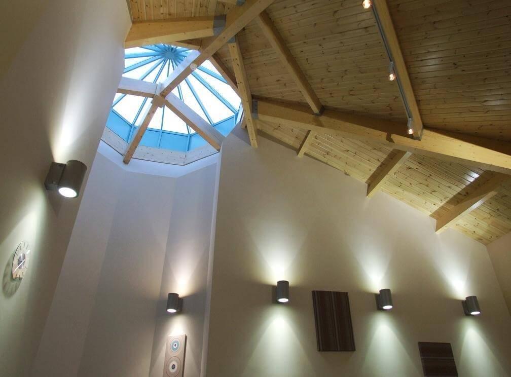 pavillion centre cornwall roof beams
