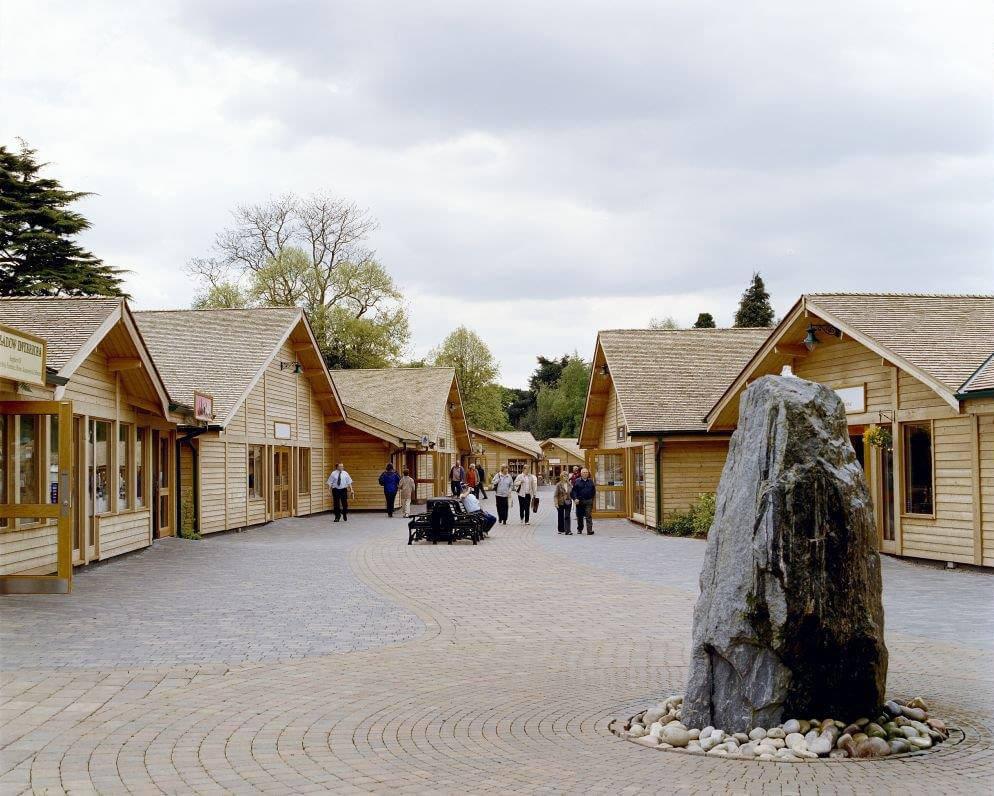 Trentham Gardens retail units